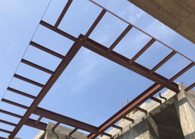 בית פרטי בהרצליה פיתוח –  שילוב אלמנטים מפלדה ובטון